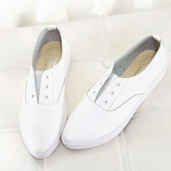 包邮 2014韩国小清新 平底尖头真皮小白鞋 系带百搭舒适女单鞋