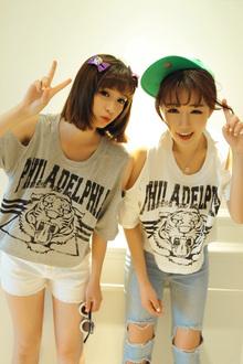 米米小姐闺蜜姐妹装 夏装2013夏季新款女韩版老虎露肩宽松短款t恤