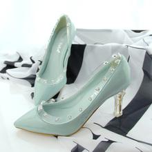前10双包邮 2013夏季新款韩版透明铆钉水晶跟单鞋 女鞋