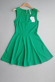 西班牙专柜原单 显瘦衬肤色正绿色雪纺拼接款大裙摆连衣裙夏款