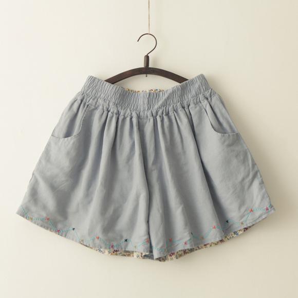 花边。森林系 刺绣 清新碎花 松紧腰 宽松版型 短裤/裙裤